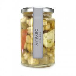 Antipasto in olio di oliva